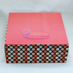 Karton Pasta Ve Kurabiye Kutusu 18x18x11cm